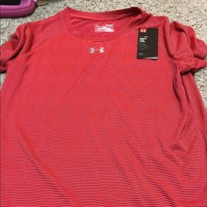 Tops - Under Armour t